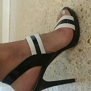 Michael Kors Shoes - Michael Kors